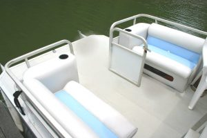 aluminum decking on a pontoon boat